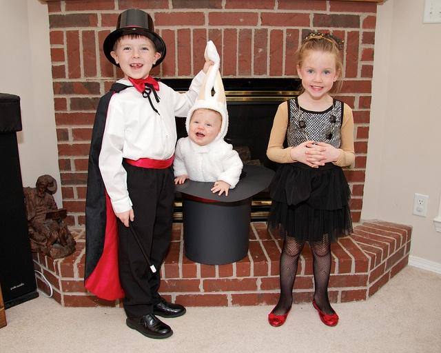 magician-costumes-for-kids